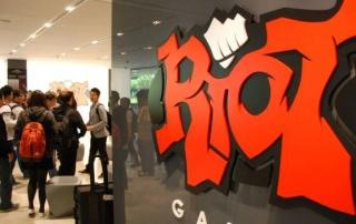 riot_league_of_gods_2